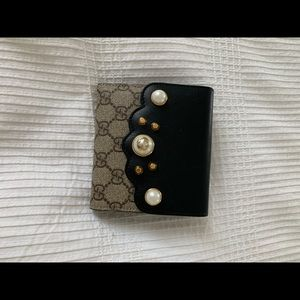 Gucci black NWT Gg pearl studded supreme wallet